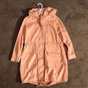 CORAL JEAN TRENCH COAT.